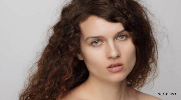 Aktris Neli Çunçukova: Hayat size mutluluk ve başarı fırsatları verdiğinde sırt çevirmeyin
