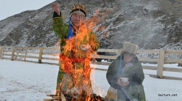 Ateşin Efendisi Şamanlar