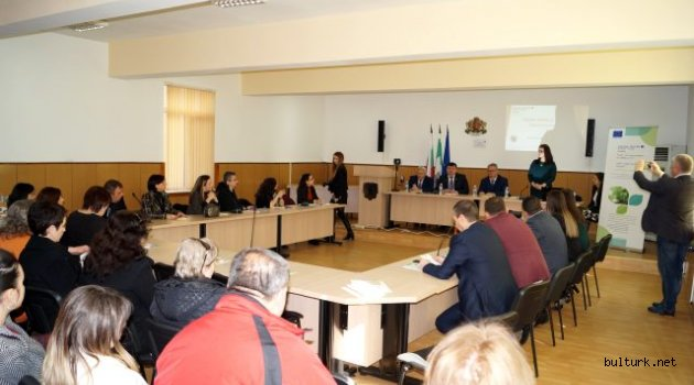 Bulgaristan'da Süloğlu ve Sungurlar Belediyelerinden ortak basın toplantısı