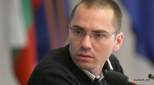 Bulgaristan'ın AP milletvekilinin ehliyeti alındı