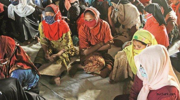 Dışişleri Bakan Yardımcısı: Myanmar Müslümanları 50 yıldır acı çekiyor Kaynak: Dışişleri Bakan Yardımcısı: Myanmar Müslümanları 50 yıldır acı çekiyor