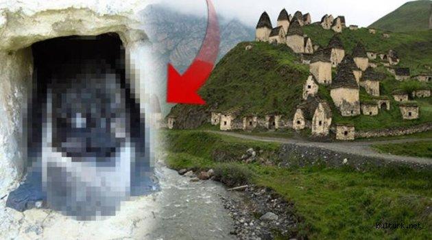 Rusya'nın gizemli köyü ! Kimse gitmeye cesaret edemiyor