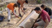 İspanya'daki Roma Villasında Sağlam Bir Vizigot Lahdi Bulundu
