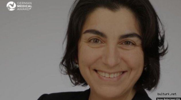 Türk Yapay Kalp Cerrahı Almanya'da Yılın Doktoru Seçildi